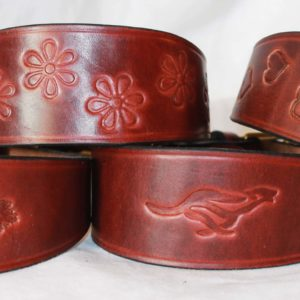 Signature Leather Hound Collars – Acorns