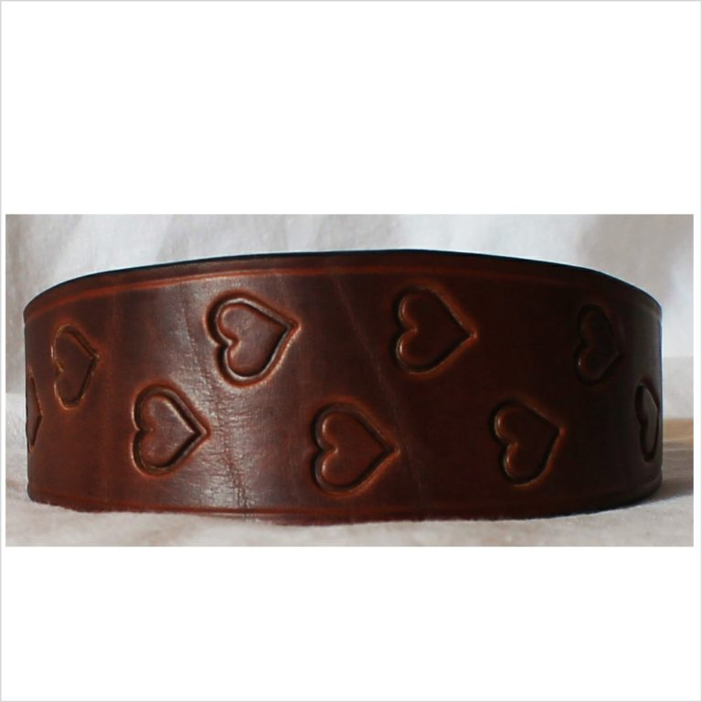 Signature Leather Hound Collars – Random Heart